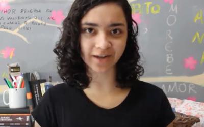 Adolescente Parou de Usar Calça