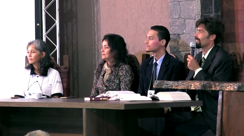 Mesa Redonda – O Amor de Deus e a Verdade Presente